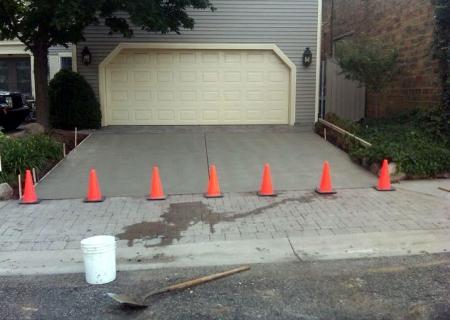 Standard Concrete Driveway MI