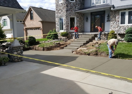 Standard Concrete Steps and Sidewalk MI