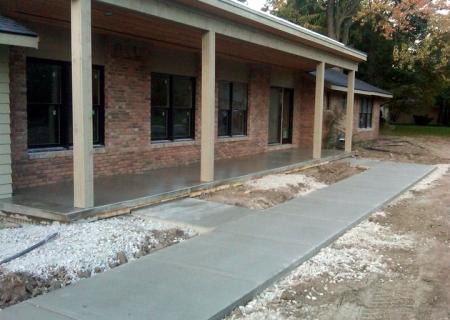 Concrete Sidewalk MI