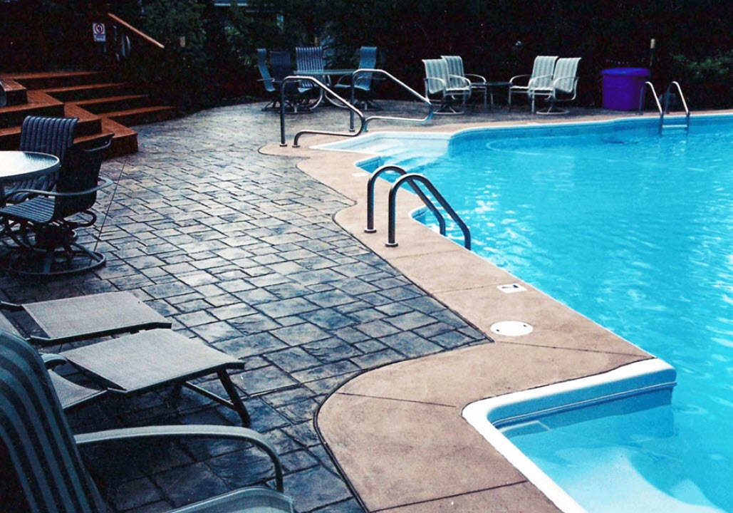 Clarkston MI Swimming Pool Service