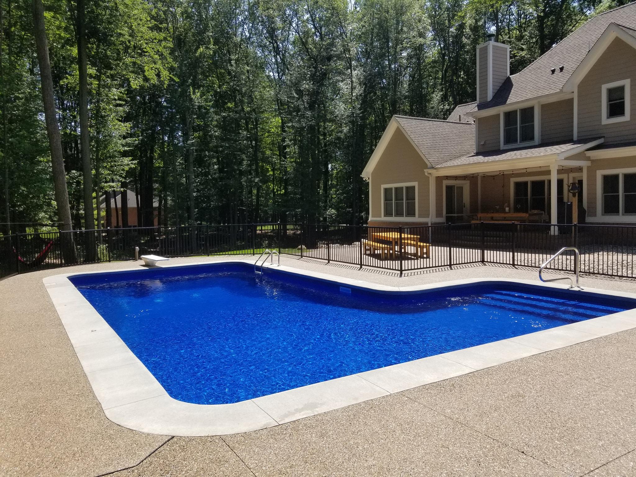Clarkston Swimming Pool Service