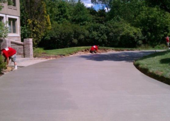 Rochester Hills Concrete Driveway Service